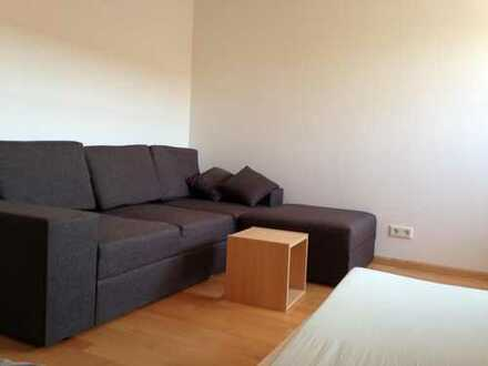 Zimmer in schöner Maisonette DG Wohnung