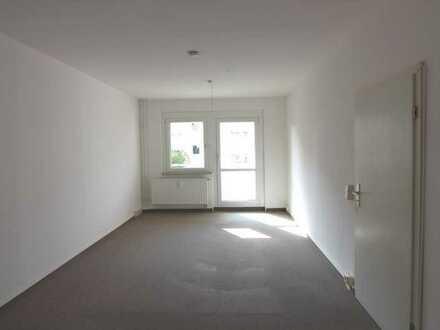 Hübsche 2 Raum Wohnung mit Blick ins Grüne :-)