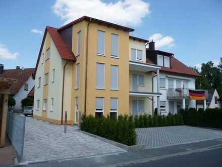 Schöne, helle 3-Zimmer Dachgeschoss Wohnung mit großem Südbalkon