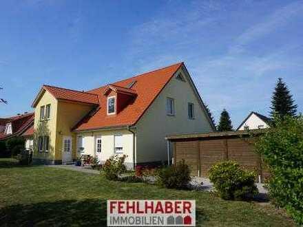 Balkon und Carport - Freie 4-Zimmer-Maisonette-Wohnung am Stadtrand von Greifswald (Wackerow)