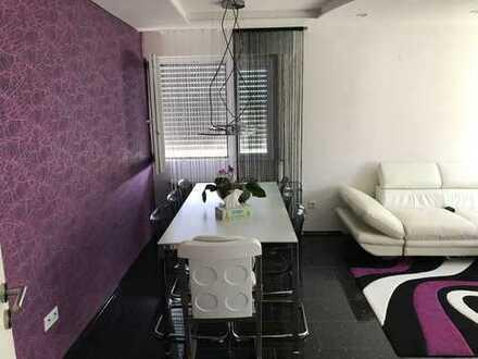 Schöne drei Zimmer Wohnung in Rems-Murr-Kreis, Fellbach
