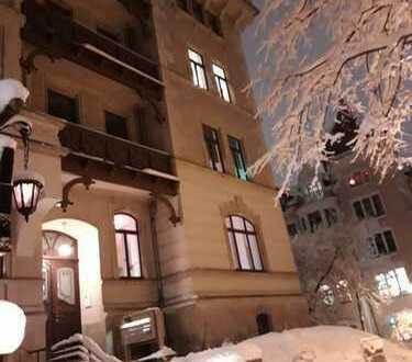 Edle, bürgerliche und zeitgenössische Jugendstil-Altbauwohnung Kassberg Südlage
