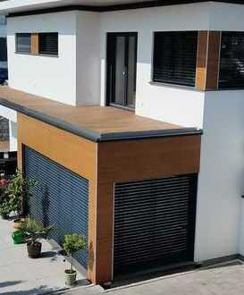 Moderne, neuwertige 2,5-Zimmer-Wohnung mit Balkon und EBK in Weil der Stadt