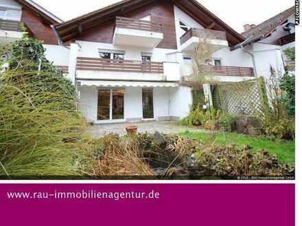 Solln: Reihenhaus mit Doppelhaus-Charakter und Potential, in absolut ruhiger und schöner Lage