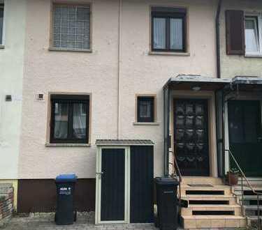 Charmantes RMH mit drei Zimmern in Reutlingen (Kreis), Bad Urach