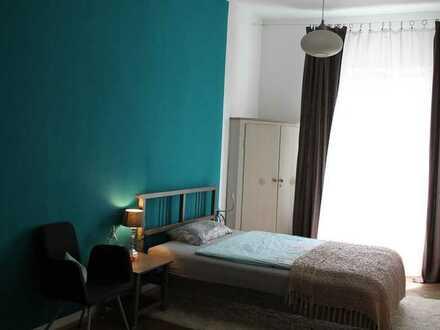 Sonniges, helles Zimmer Nähe Theresienwiese