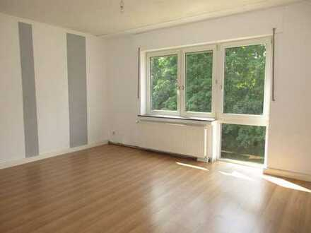 **BOCHOLT: fast ZENTRALE Wohnung im Dachgeschoß**