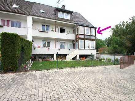 Sehr gut geschnittene, gepflegte 3-Zi.-Whg. mit Wintergarten, Balkon und Einzelgarage in Nordendorf.