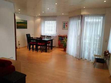 Schöne 2-Zimmer Wohnung mit Balkon