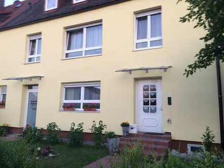 Schönes Mehrfamilienhaus mit 11 - Zimmern in Nürnberg, Eibach