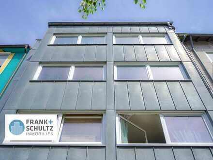 Urban und ideal: sonniges Apartment mit großer Dachterrasse in südlicher Stadtlage