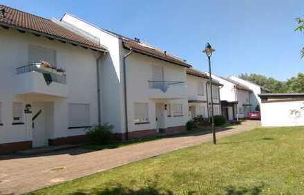 Großes Reihenendhaus mit Garten, Keller, Garage und Einbauküche