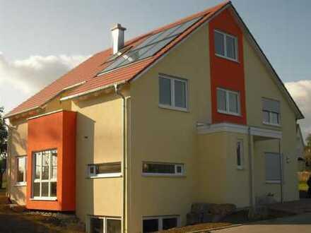 Sehr großes Einfamilienhaus mit Einliegerwohnung