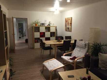 Freundliche 3-Zimmer-Wohnung mit Balkon und Einbauküche in Hürth
