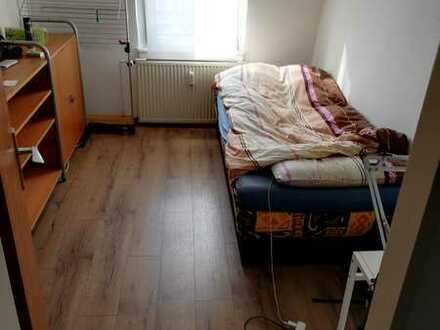 Helles WG-Zimmer in Frankfurt-Höchst ab sofort!!