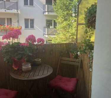 Möblierte 2 Zimmer Wohnung mit Balkon in zentraler Neuköllner Lage
