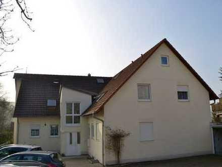Schöne 4-Zimmer-DachMaisonette Whg m Balkon