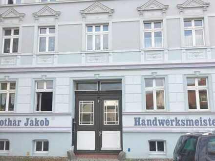 Zentrale 1-Zimmer-Wohnung mit Einbauküche in Wittstock
