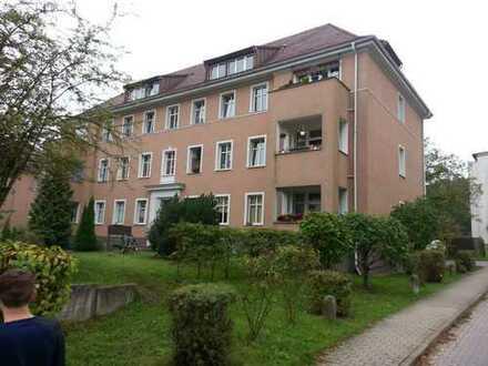 95 qm 3 Raum Wohnung Erdgeschoss in Jüterbog ruhige Lage 5 min Bahnhof mit Einbauküche
