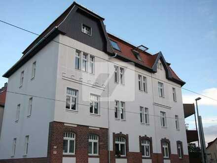 ***Traumhafte Dachgeschosswohnung mit großer Loggia***