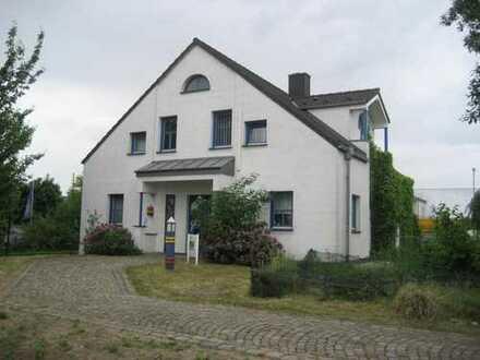 Köln-Porz-Lind! Individuelles Bürohaus! Ideale Lage!