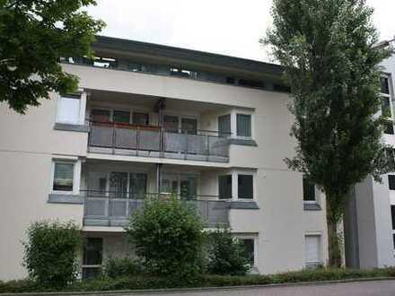 Lichtdurchflute schöne 3,5 Zimmer Wohnung mit 2Balkonen ab 01.01.2020 -Provisionsfrei-