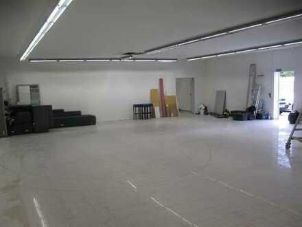 Gewerbeobjekt, Nähe Messe u. Riemarcaden, vielfältige Nutzung, Messebau, Werkstatt, Lager, etc.