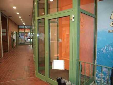 Schaufenster- Vitrine, Ausstellungsfläche