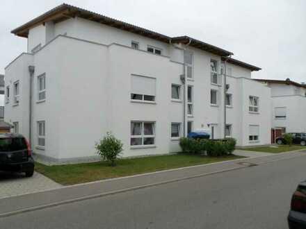 Exklusive, neuwertige und helle 4-Zimmer-Wohnung mit Garten und Einbauküche in Walddorfhäslach