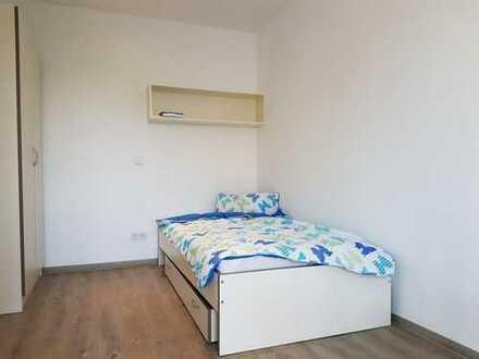 Helles Zimmer in Jungs-Studenten-WG