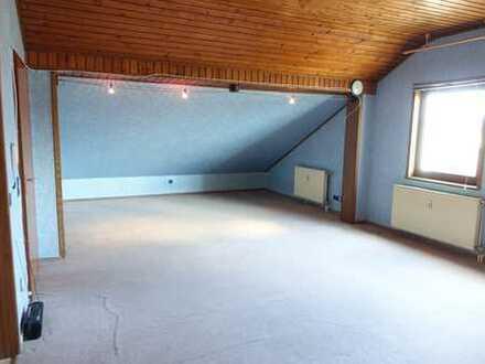 Kleine aber feine 1 Zimmer Wohnung inkl. Stellplatz.