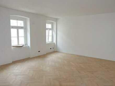 Erstbezug nach aufwändiger Sanierung im Denkmalschutz, 3,5 Zimmer