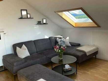 Helle renovierte Wohnung zu verkaufen von privat