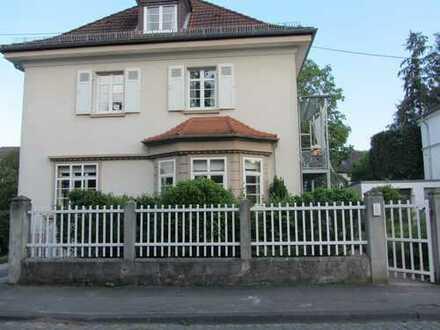 Modernisierte 3-Raum-EG- Altbau-Wohnung mit Terrasse und Einbauküche in Bad Kreuznach