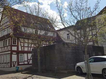 Vollständig renovierte Wohnung mit vier Zimmern und Balkon in Neckarsulm