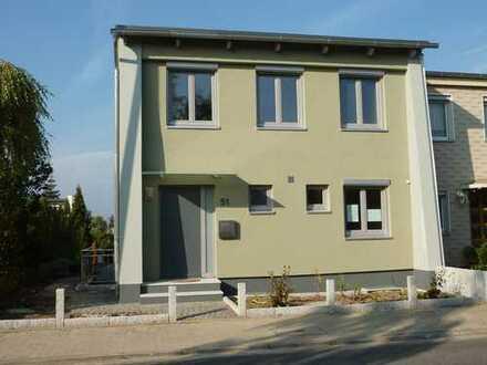 Schöne Doppelhaushälfte mit vier Zimmern in Wolfenbüttel (Stadt)