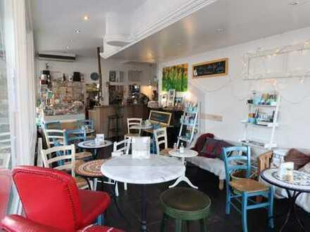 Café in bester Lage der Karlsruher-Südweststadt