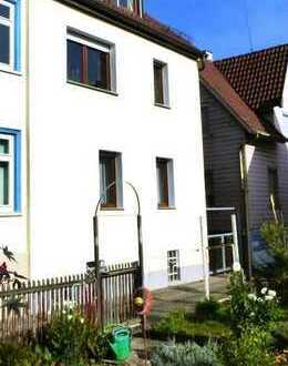 Familienglück: Haus mit großem Garten und 7 Zimmern in Stuttgart Wangen. Absolut ruhige Lage