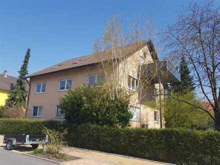 Moderne 5 ZKB-Wohnung (1.OG) mit Balkon, Gartennutzung, Garage und Stellplatz!