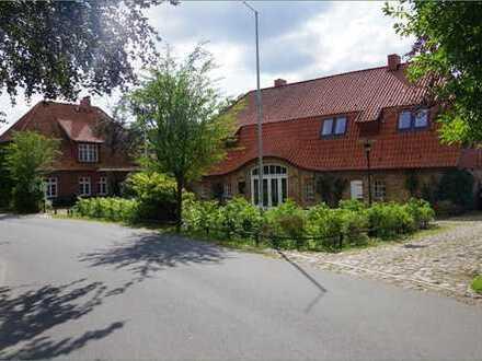 -- ehemaliger Kirchspielkrug in Bovenau --