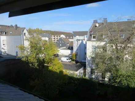 +++Haus im Haus über 2 Ebenen 5 Zi.Balkon + Eigener Garten+++