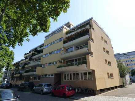 Ideal für Studenten - 1 Zi. Wohnung in zentraler Lage ! Nur 5min. in die Altstadt !