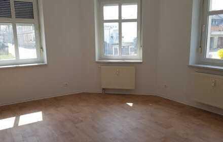 helle 3-Raum-Wohnung im Erdgeschoss und zentrumsnah