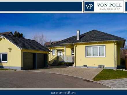 Neuwertiges Einfamilienhaus mit ELW in einer Sackgasse am Ortsrand von Mönchweiler