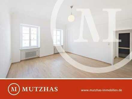 Altbaujuwel: 1-Zimmer-Wohnung mit Wohnküche in Toplage Glockenbachviertel