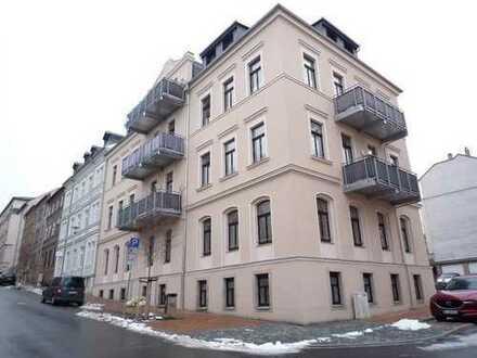++ 4-Raum mit Garten, Tageslichtbad, Wanne & Dusche, Gäste-WC, Pkw-Stellplatz ++