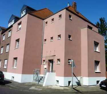 Hübsche, gemütliche 2-Zi-Wohnung mit Garten in saniertem 4-Parteien-Haus