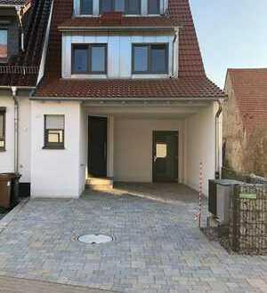 Schönes Haus mit fünf Zimmern in Rhein-Neckar-Kreis, Sankt Leon-Rot
