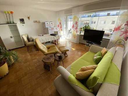 Geräumige 2 Zi. Wohnung in ruhiger Lage in Freiburg Ebnet !