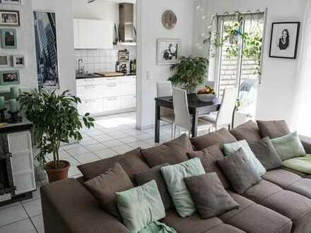 Gepflegte Wohnung mit Garten, Balkon und EBK in Ober-Ramstadt